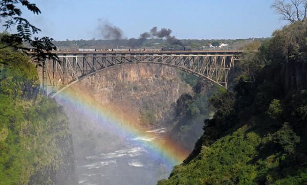 important information about victoria falls bridge